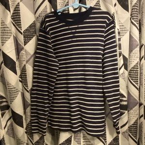 Boy's Size 5/6 (S) Long Sleeve Navy Thermal